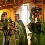 Наместник с братией монастыря