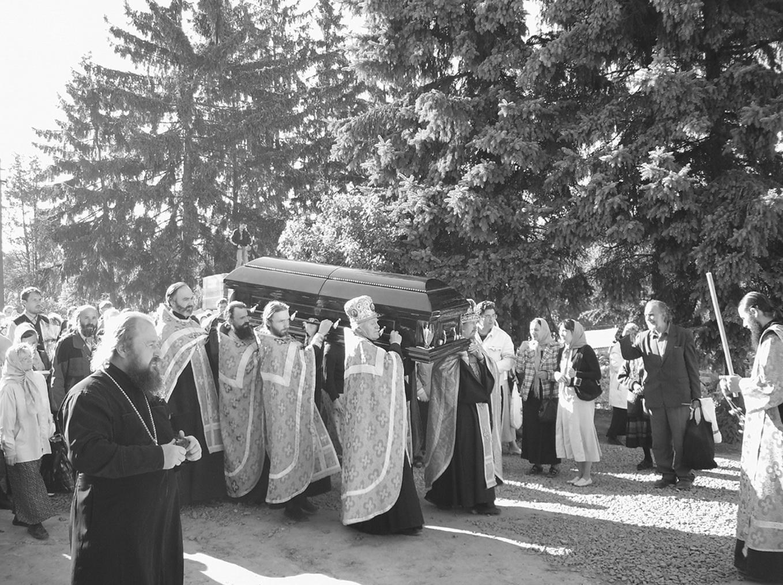 18 мая – день перенесения мощей матушки Алипии в Голосеевский монастырь